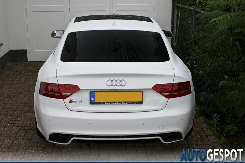 Audi RS5 Ibisweiß